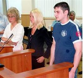 Светлана и Емил на подсъдимата скамейка