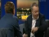 Picture: Шефът на Nokia хвърли iPhone в TV интервю (ВИДЕО)