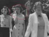 Picture: Мистериозно видео показва появата на мобифоните още през 1938 година
