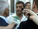 Picture: МЕГАСКАНДАЛ пред парламента! Журналист: Волен ме удряше в корема!