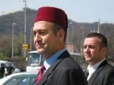 Picture: Позор! Искат полумесец на българския флаг