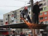 Picture: Ромите вече със собственост. БСП легализира циганските гета