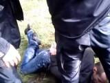 Picture: Скандално ВИДЕО! Полицаи бият и арестуват протестиращ срещу Волен!