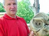 Picture: Изкопаха глава на извънземно в гробище (ФОТО)
