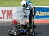 Picture: 52-годишен вдигна 116 км/ч с пазарска количка