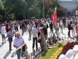 Picture: Тормоз над хора от провинцията, дошли на протестите в София