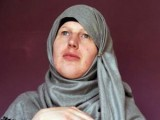 Picture: ШОК! Войник - травестит прие исляма и се омъжи