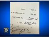 Picture: Американски футболист остави 1300 долара бакшиш