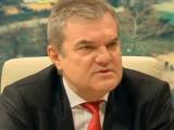 Picture: Румен Петков към Сергей Станишев: Парламентът дори не е одраскан!