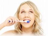 Picture: Ето 11 неща, с които да направите по-бели зъбите си