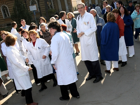 Лекарите на протест