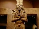 Мистерия с движеща се статуя