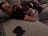 Picture: Бербатов пусна във Фейсбук снимка с двете си дъщери - Деа и Елиа