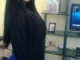 Picture: Ужас! Уголемяване на бюст прати 18-годишна в кома и я обезобрази