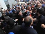 Picture: Масови протести и неволоство пред парламента в Кипър