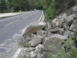 Picture: Опасност от падащи камъни в Кресненското дефиле