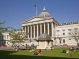 """Picture: Демографският срив накара Лондон да търси """"бедни"""" студенти"""
