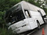Picture: Автобус с деца катастрофира край Русе – няма жертви