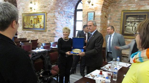 Ето как ДПС Варна си купи медиен комфорт