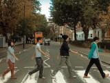 """Picture: Регулировчик ще насочва движението по лондонската """"Аби роуд"""""""
