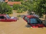 Picture: Скъсани стени на два язовира са довели до потопа в Мизия