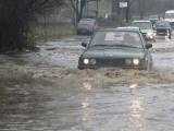 Picture: Бедствено положение в западна България заради пороите