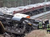 Picture: Скоростен пътнически влак се сблъска с товарен в Германия
