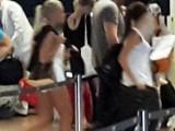 Бареков хванат в крачка с блондинка и брюнетка