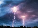 Picture: Буря в Аризона остави 50 000 домакинства без ток