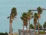 Picture: Ураган остави на тъмно Бермудите