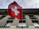 Швейцарците гласуват на референдум
