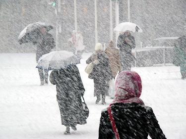 Студ и сняг от днес, идва истинската зима