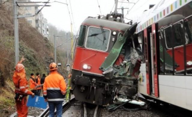Два влака се сблъскаха в Брюксел