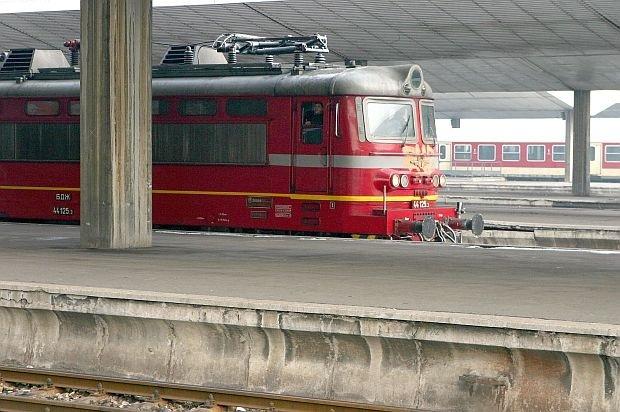 БДЖ пуска 120 влака допълнително за Нова година