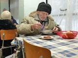 топла храна за бедните