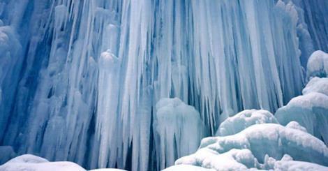 Уникална ледена атракция в Китай