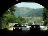 Picture: 15 – километров тунел край Кресна или поредица от малки тунели?