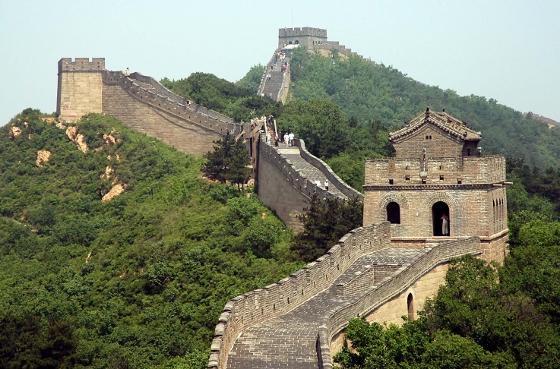 "Саудитска Арабия строи ""Китайска стена"""