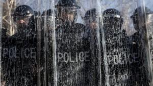 Десетки ранени при протест на косовски албанци в Прищина