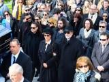 Погребаха Демис Русос в Атина