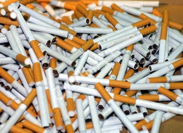 Българи произвеждали нелегално цигари в цех край Будапеща