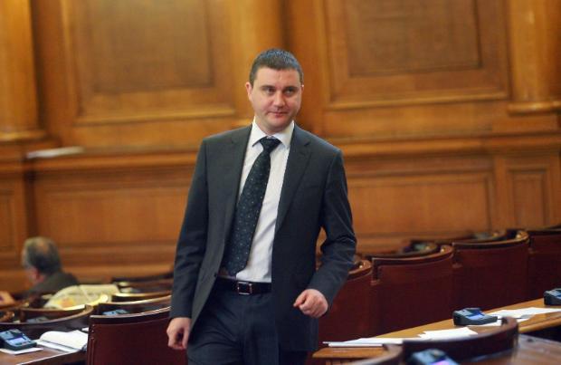 С новия дълг се гарантира финансовата стабилност на България за следващите 3 години