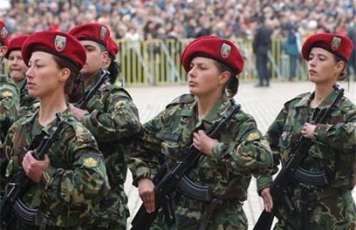 Армейска подготовка за българските студенти