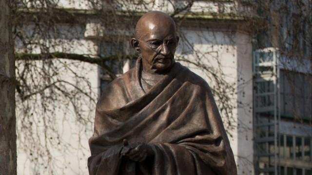 Лондон осигури на Махатма Ганди вечно присъствие до британския парламент