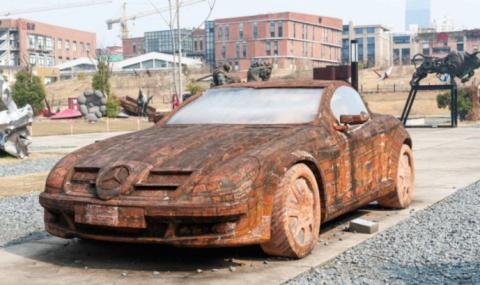 Mercedes от тухли