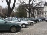 Законопроект предлага паркирането да стане търговска дейност