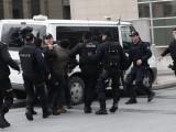 Picture: Въоръжени мъже нахлуха в офис на управляващата турска партия в Истанбул