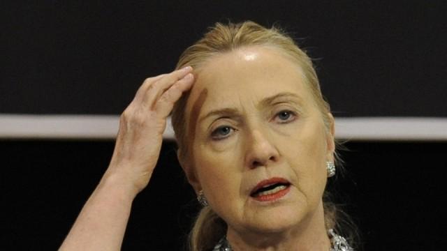 Хилари Клинтън ще обяви амбицията си към Белия дом в неделя