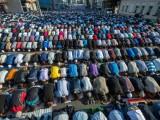 Picture: Към 2050 година мюсюлманите в света ще са колкото християните