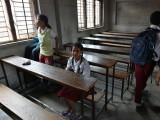 Picture: Хиляди училища в Непал отвориха отново врати след земетресенията